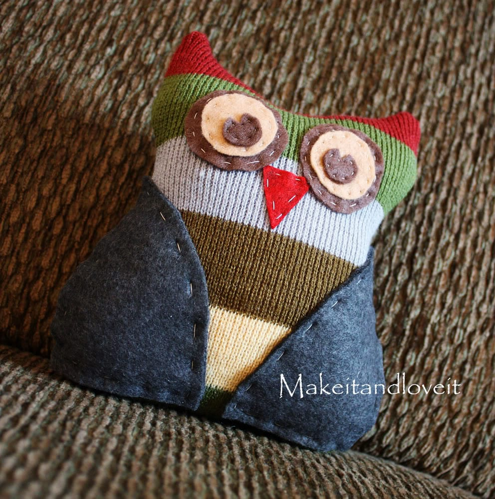 Scarf Re-Purpose: Stuffed Owl
