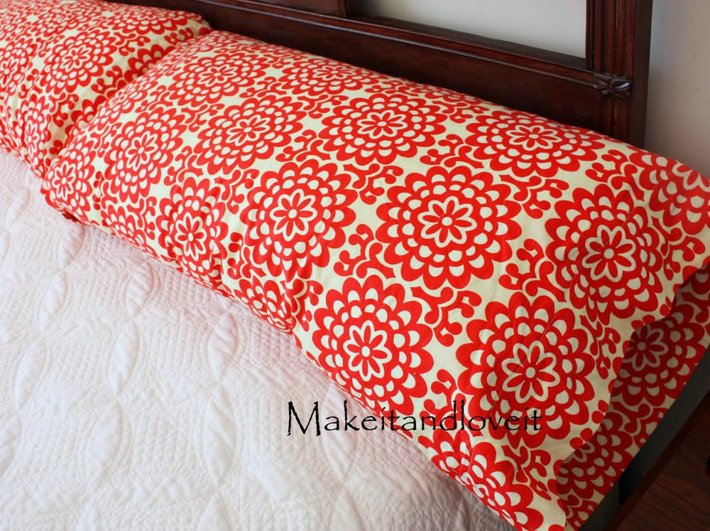Making Decorative Pillow Cases : Decorate My Home, Part 7 - Basic Pillow Cases Make It and Love It