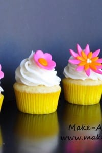 Make-a-Cake Series: Cut-out Flowers
