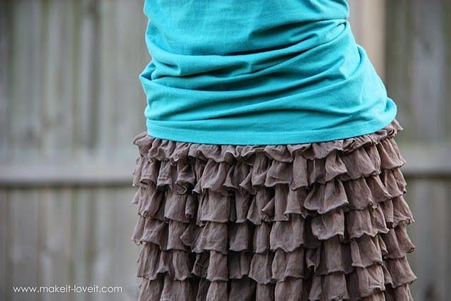 Ruffly Skirt……from pre-ruffled fabric
