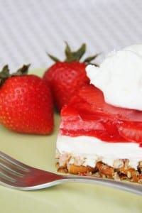 Cream Cheese Strawberry Pretzel Dessert (oh yum!!)