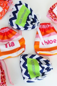 Goody Bag Cinch Sacks {hey...use up some of that scrap fabric}