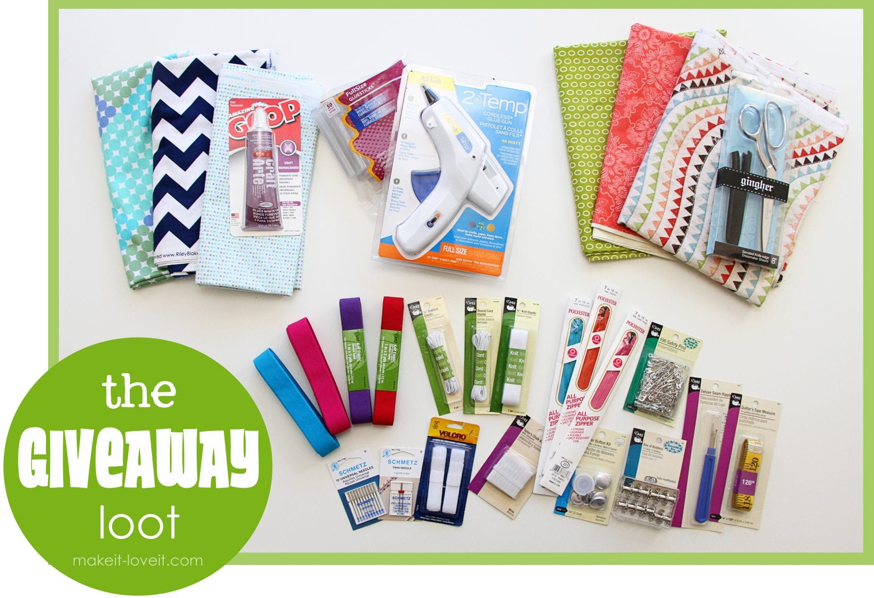 A random just-for-fun GIVEAWAY……some of my MUST HAVE basic sewing/crafting tools!! (UPDATE: CLOSED)