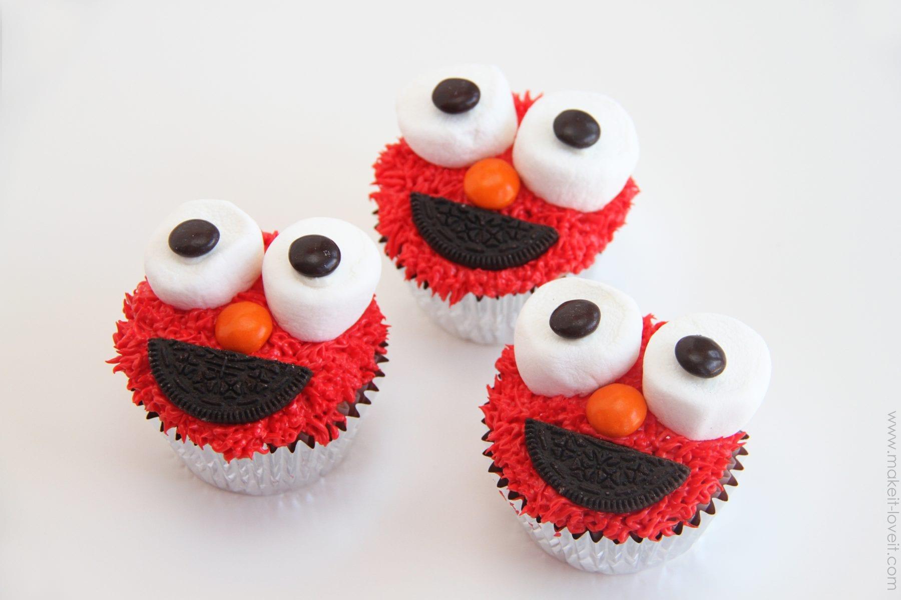 Elmo Face Cupcake Cake