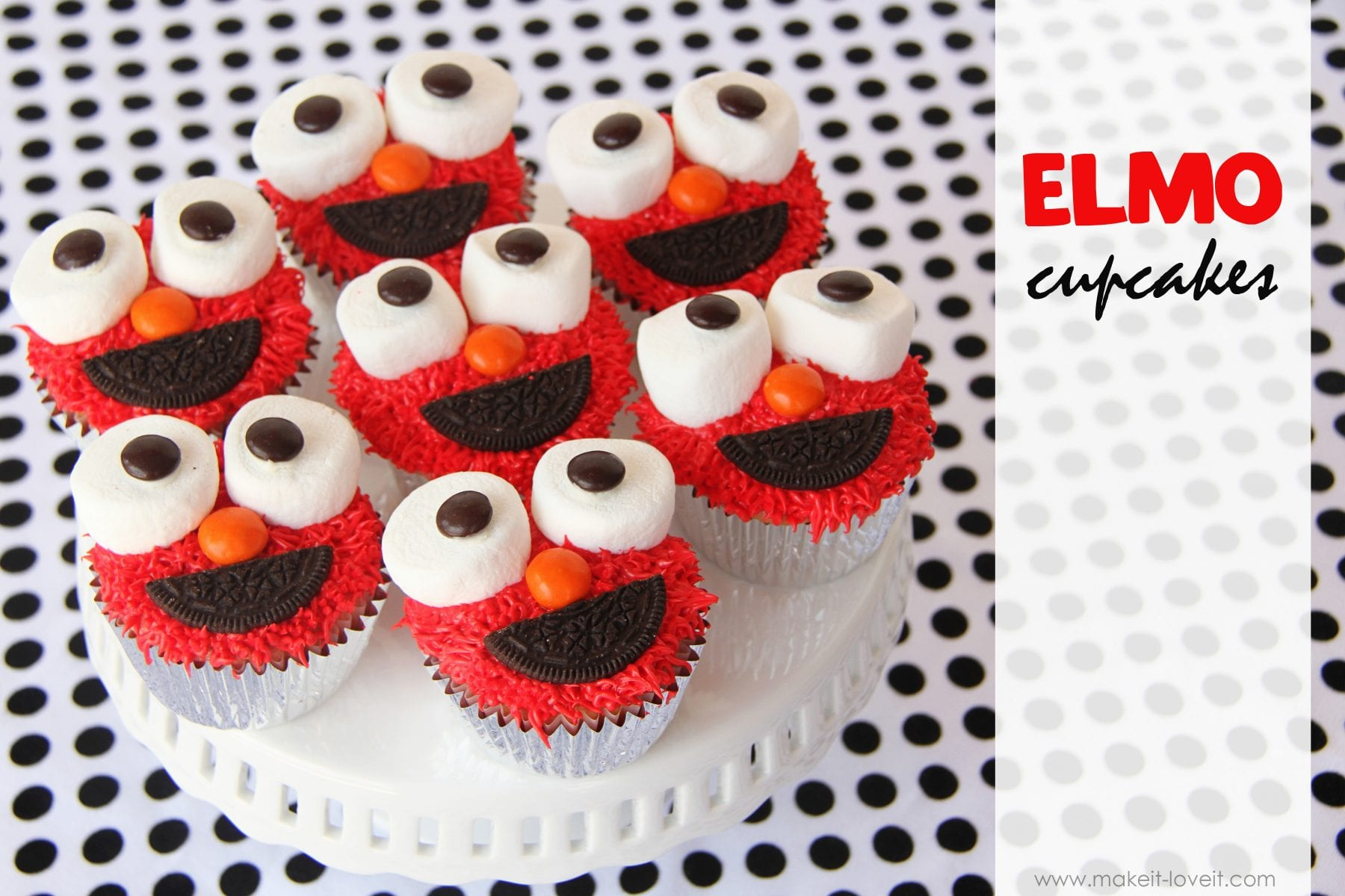Elmo Cupcakes……you know you want one! :)