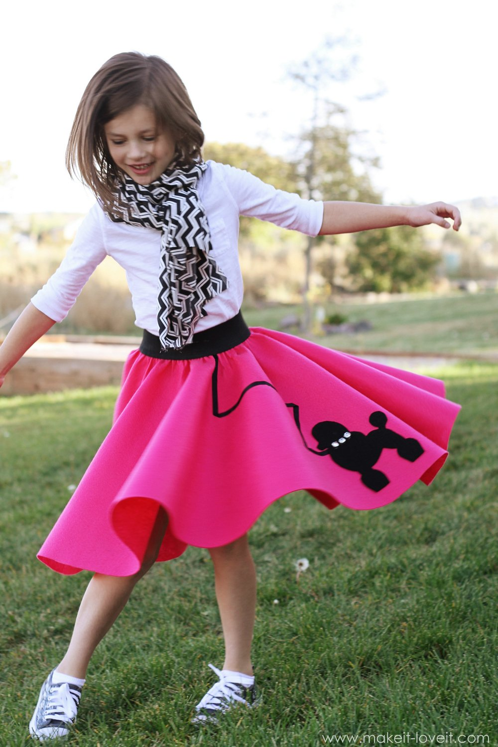 Halloween Costume Ideas: Very Low-Sew POODLE SKIRT