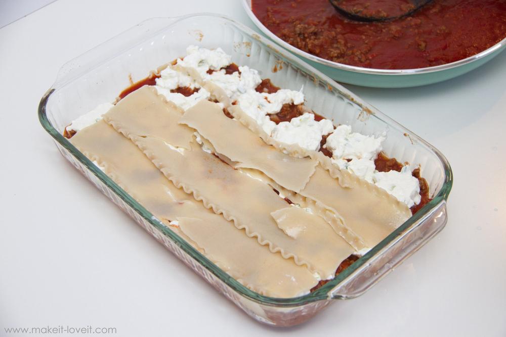 family-favorite-lasagna-recipe-9