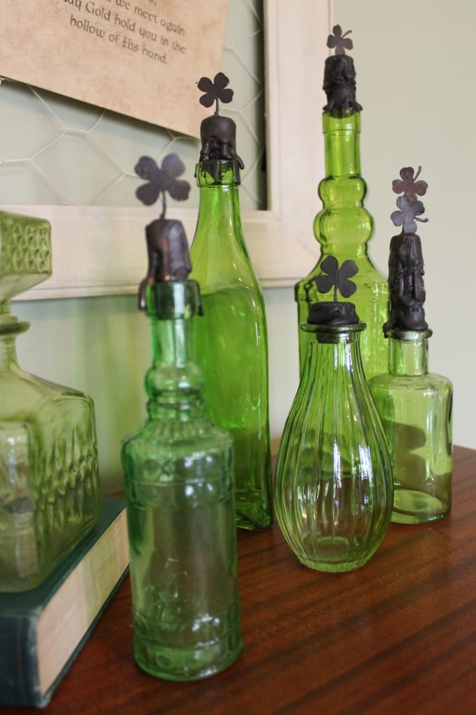 20 diy st patrick 39 s decor ideas make it and love it for Glass bottle display ideas