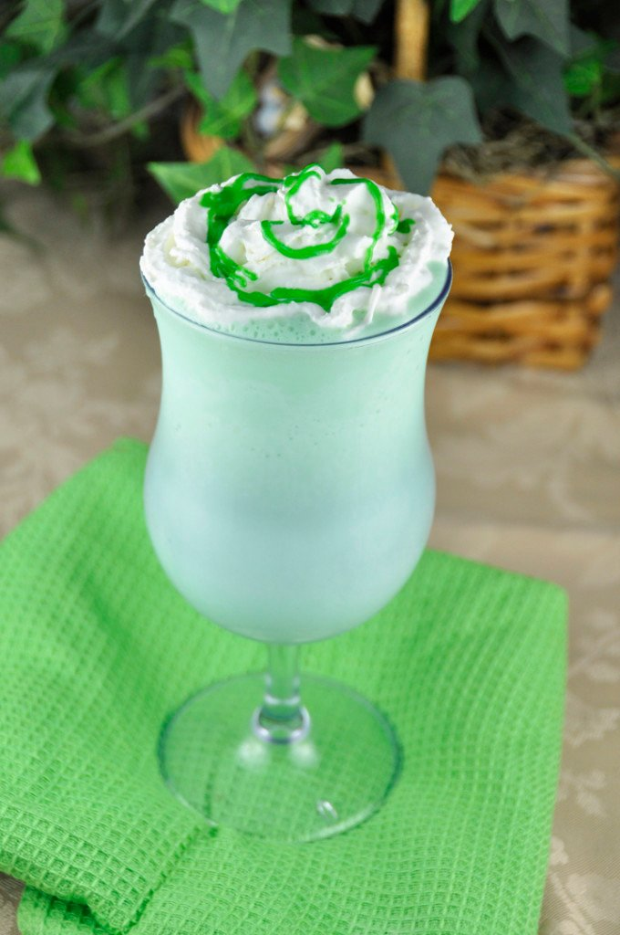 Homemade-Shamrock-Shake-680x1024