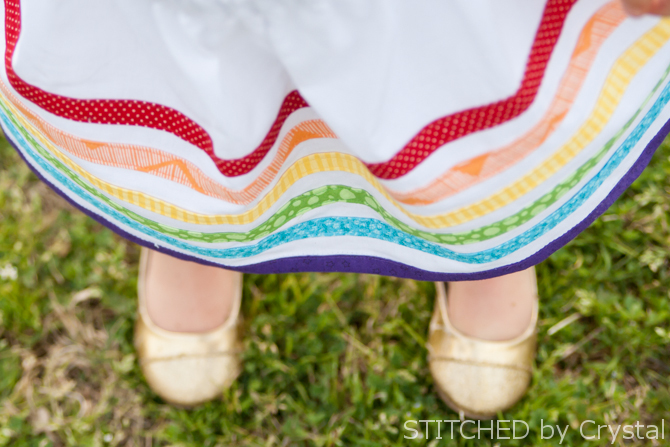 Rainbow Bias Tape Skirt (makeit-loveit.com)