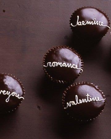 valentine vintage cupcakes