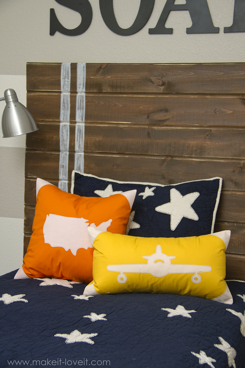 Appliqued Plane USA Map Pillow Covers with envelope closure