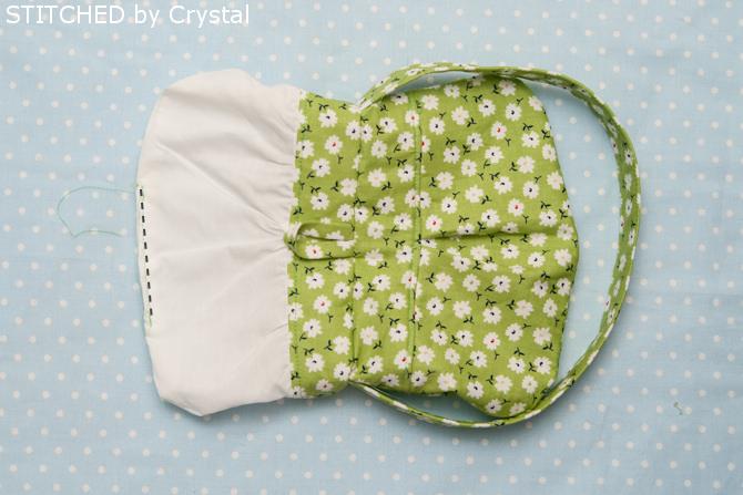 Little girl pleated purse tutorial  - makeit-loveit.com