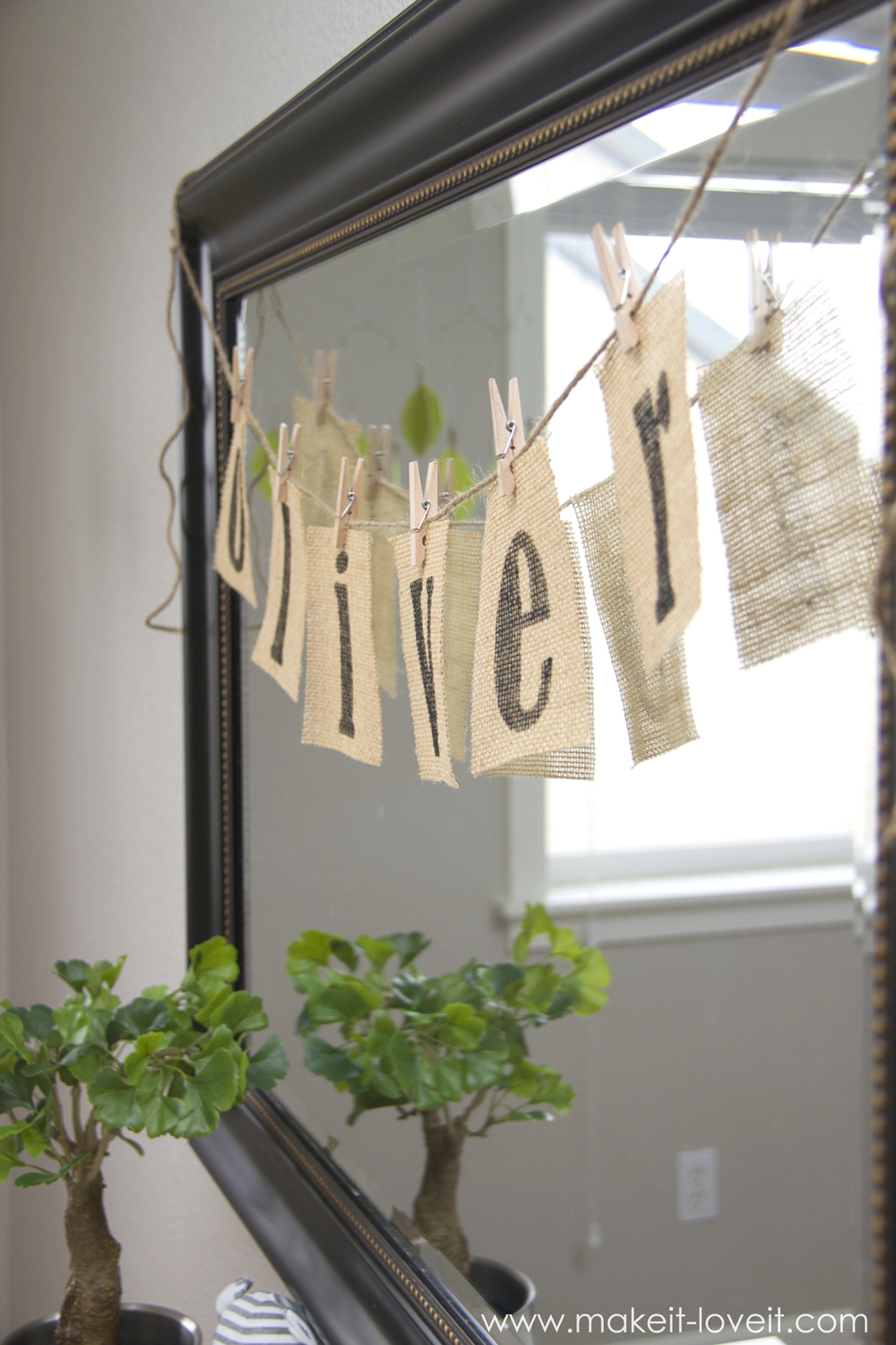 DIY Burlap Name Bunting for baby nursery (or any other room!)--- Make It and Love It