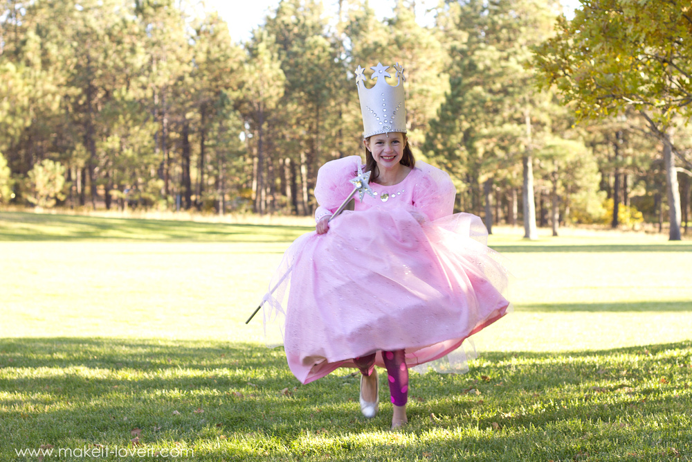 """DIY """"Glinda the Good Witch"""" Costume (from Wizard of Oz)   via Make It and Love It"""