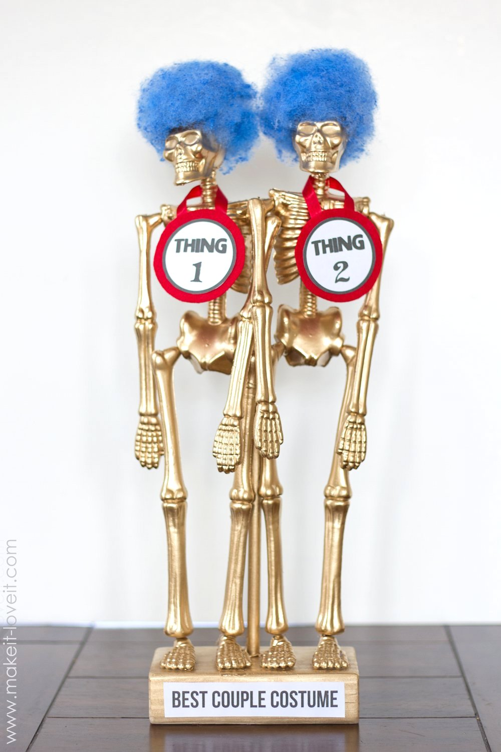Costume Award Trophies....for your Halloween party! | Make It and ...