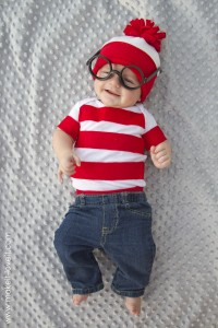 """Where's Waldo"" Costume...in less than an hour!"