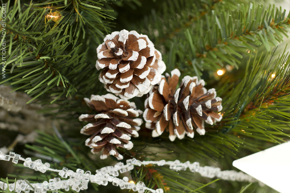 Christmas tree decorating tips make it and love it