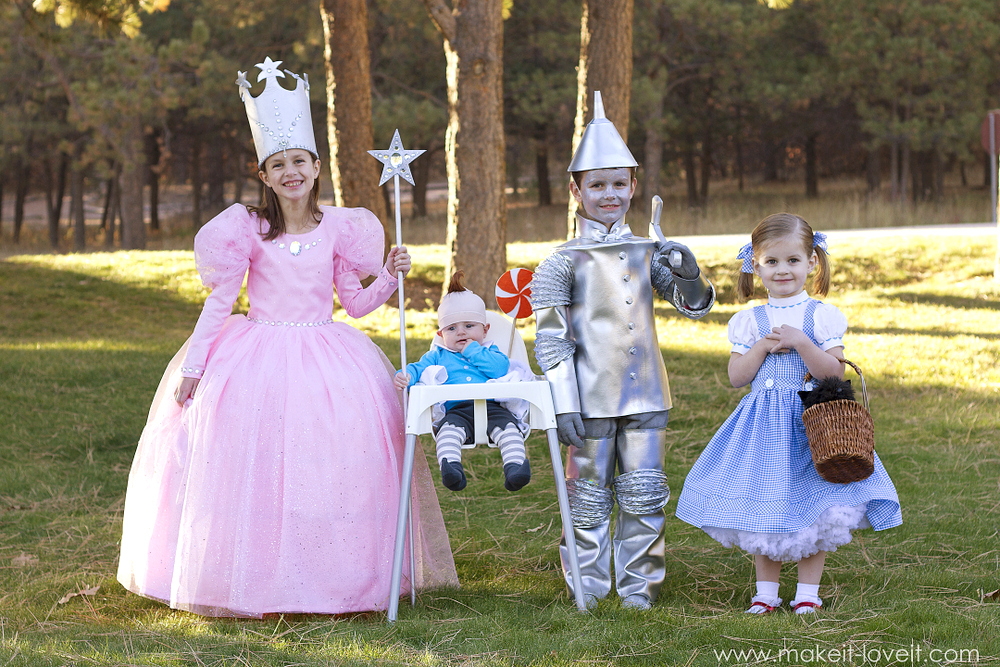 "DIY ""Wizard of Oz"" costumes (Glinda, Tin Man, Dorothy, and Lollipop Munchkin) 