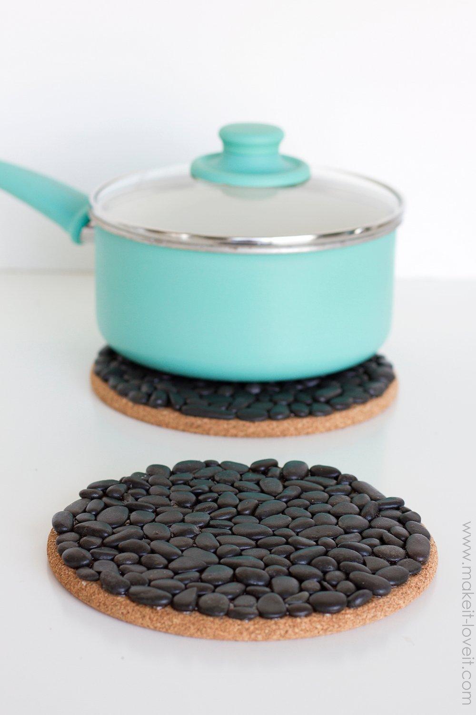 DIY Black Pebble Trivets | Make It and Love It