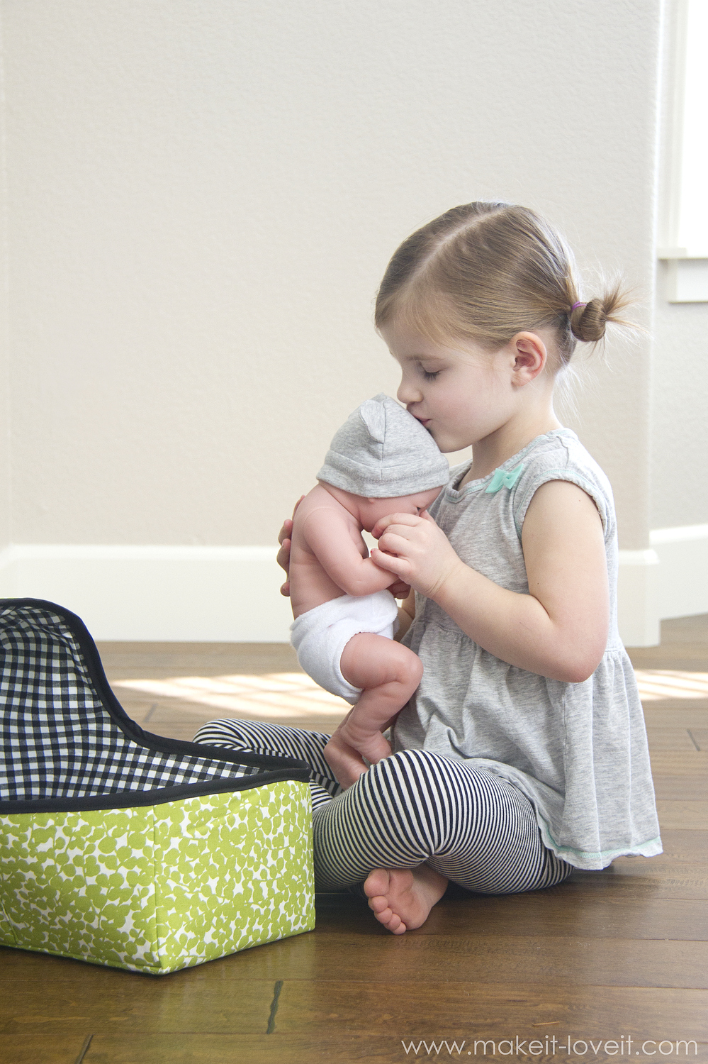 Fabric Baby Doll Basket Plus 3 Patterns To Give Away