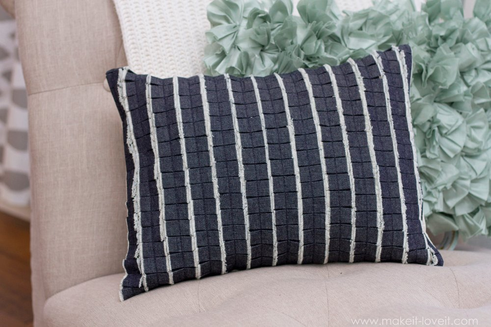 Pleated Ruffle Pillow...with DENIM!! (with an envelope closure) | via Make It and Love It