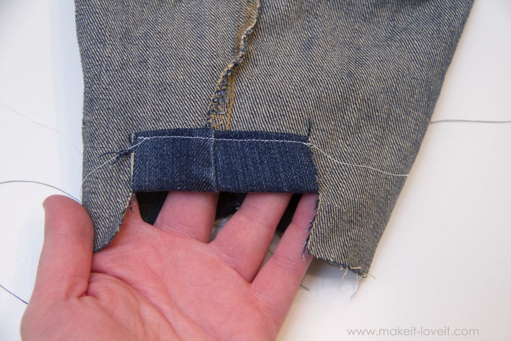 Cut-Off-Jeans-with-Fabric-Hem-and-Side-Knot-7