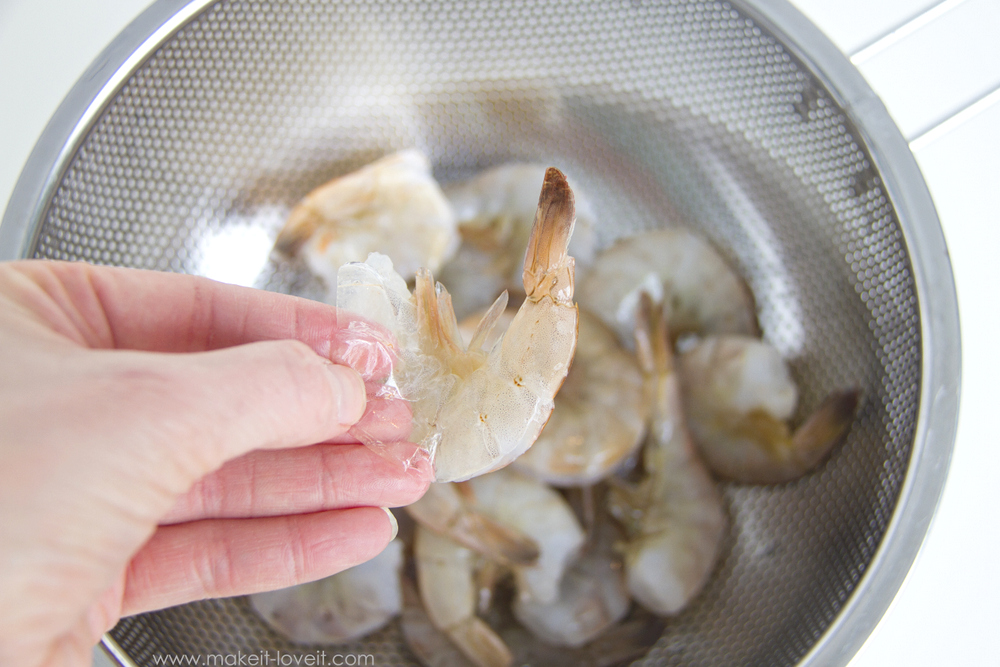 How-to-Clean-and-Prepare-Raw-Shrimp-3