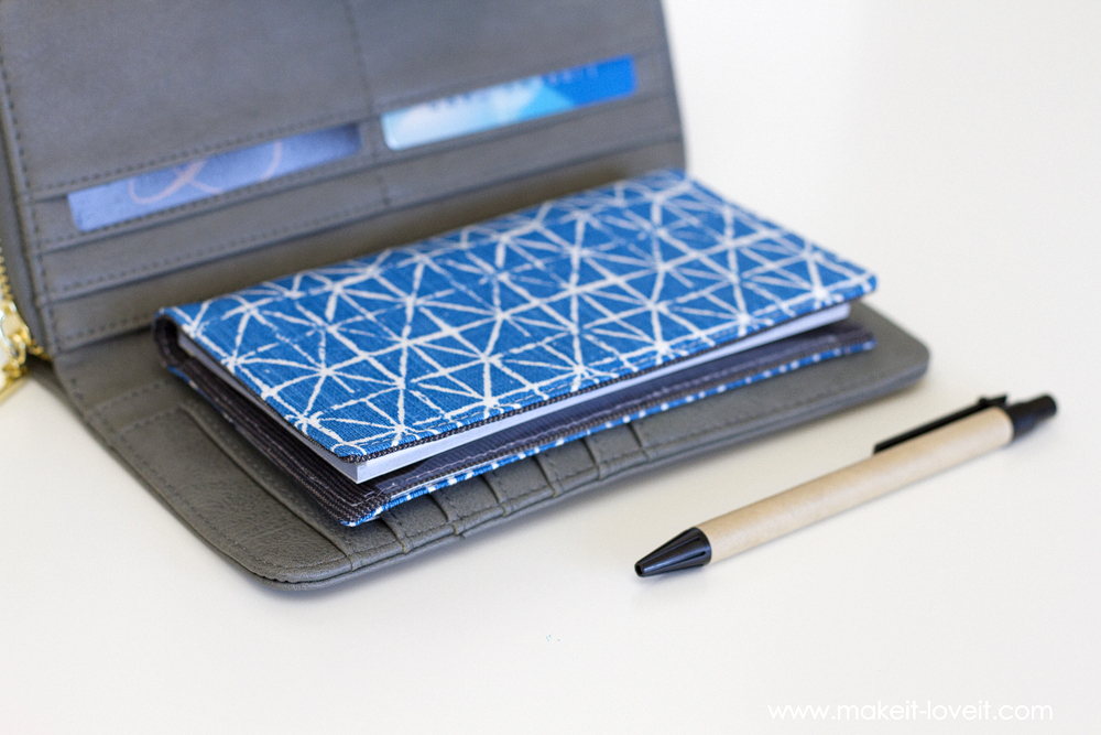 Diy Plastic Book Cover : Fabric checkbook cover with duplicate check divider