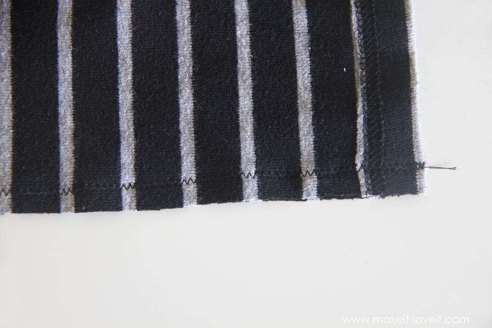 simple-DIY-baby-boho-leggings-from-a-tshirt-18