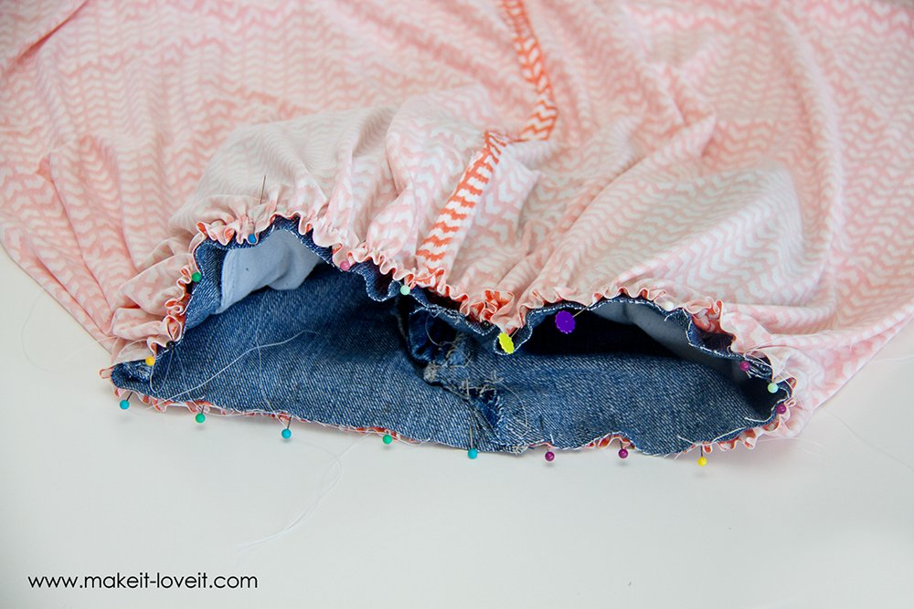 turn old jeans into a maxi skirt (18)