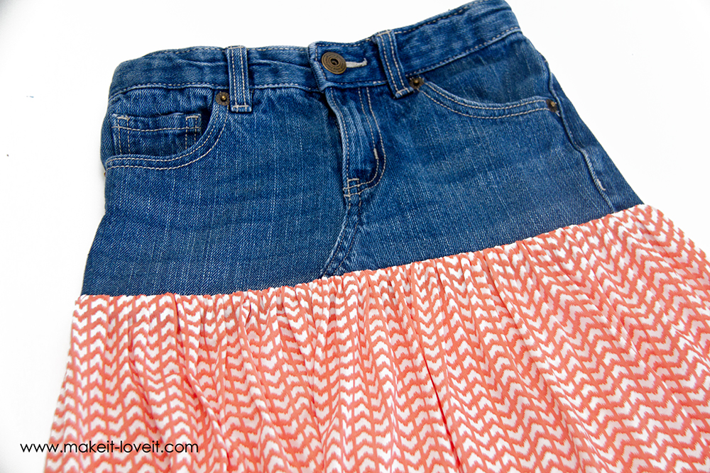 turn old jeans into a maxi skirt (20)