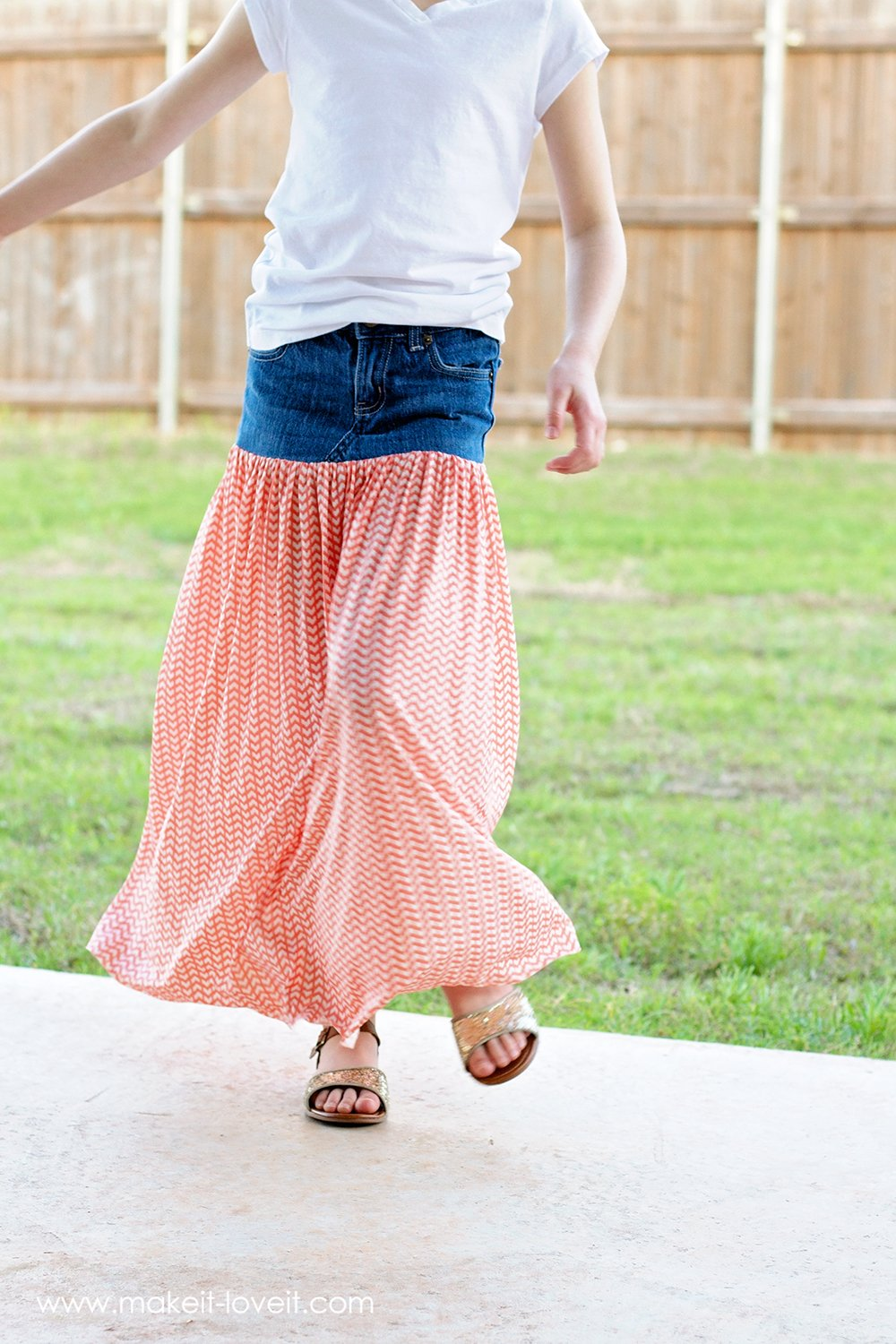 Turn Old Jeans into a Maxi Skirt | via Make It and Love It