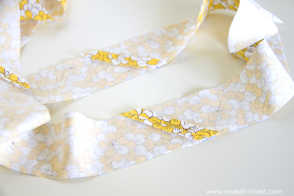 How to make one CONTINUOUS piece of BIAS TAPE 27