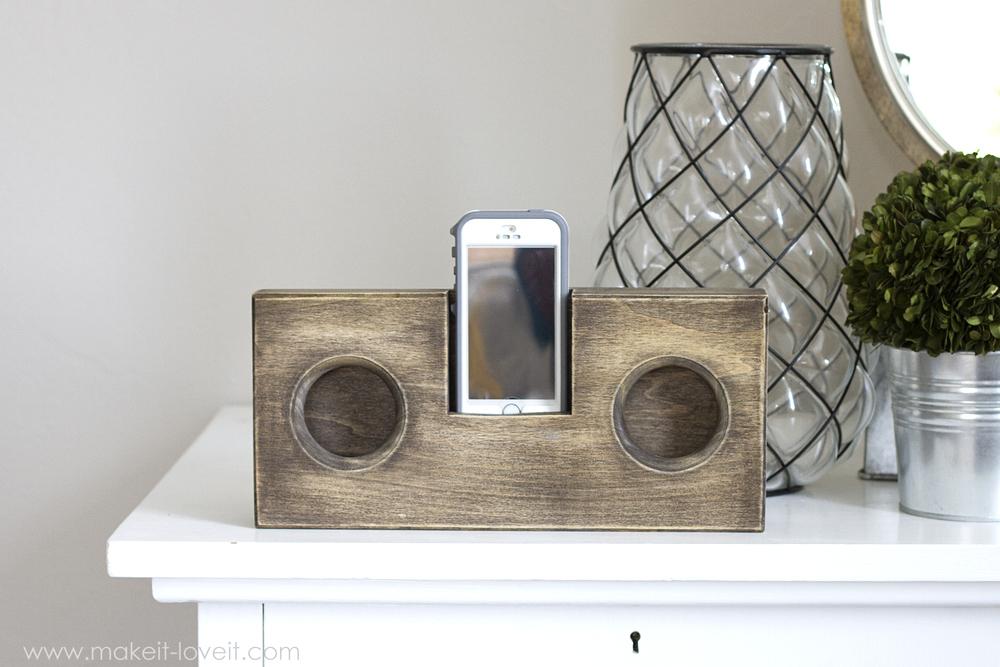 wooden phone amplifier speaker no cord or batteries needed