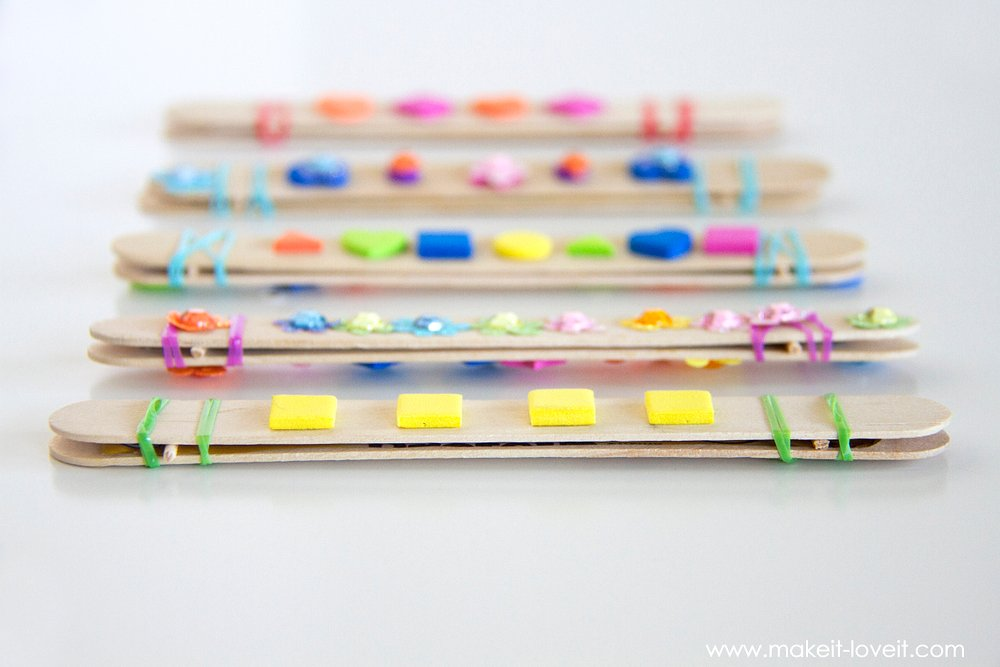 DIY Craft Stick Harmonicas......a fun and quick craft for kids! | via Make It and Love It