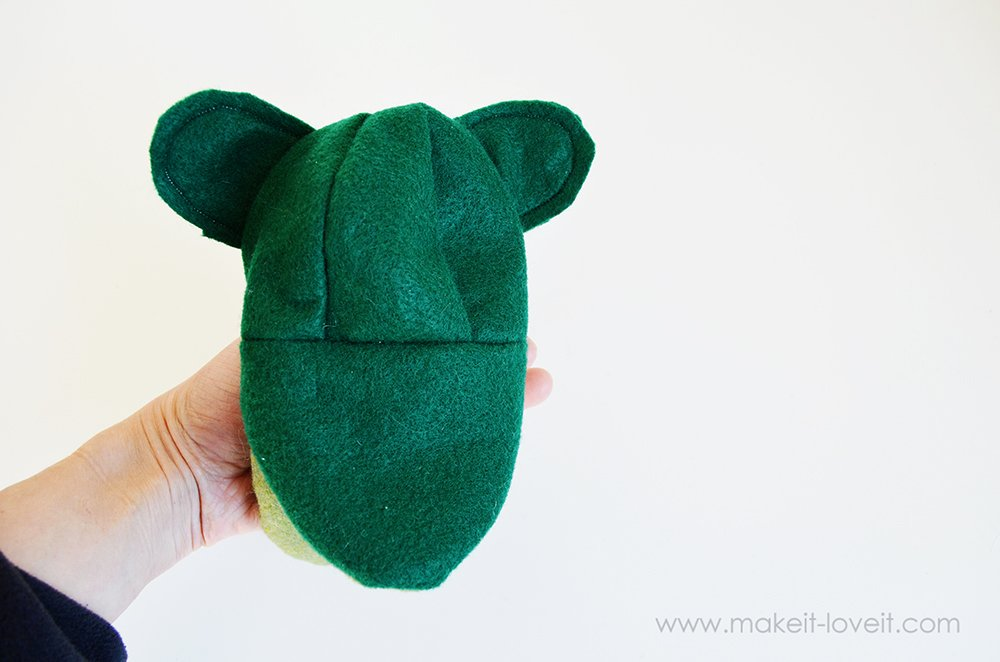 make your own felt animal hand puppets (17)