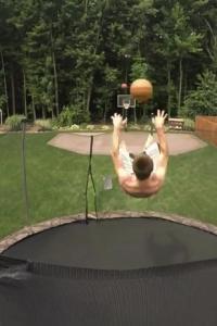 2 balls 2 jumps