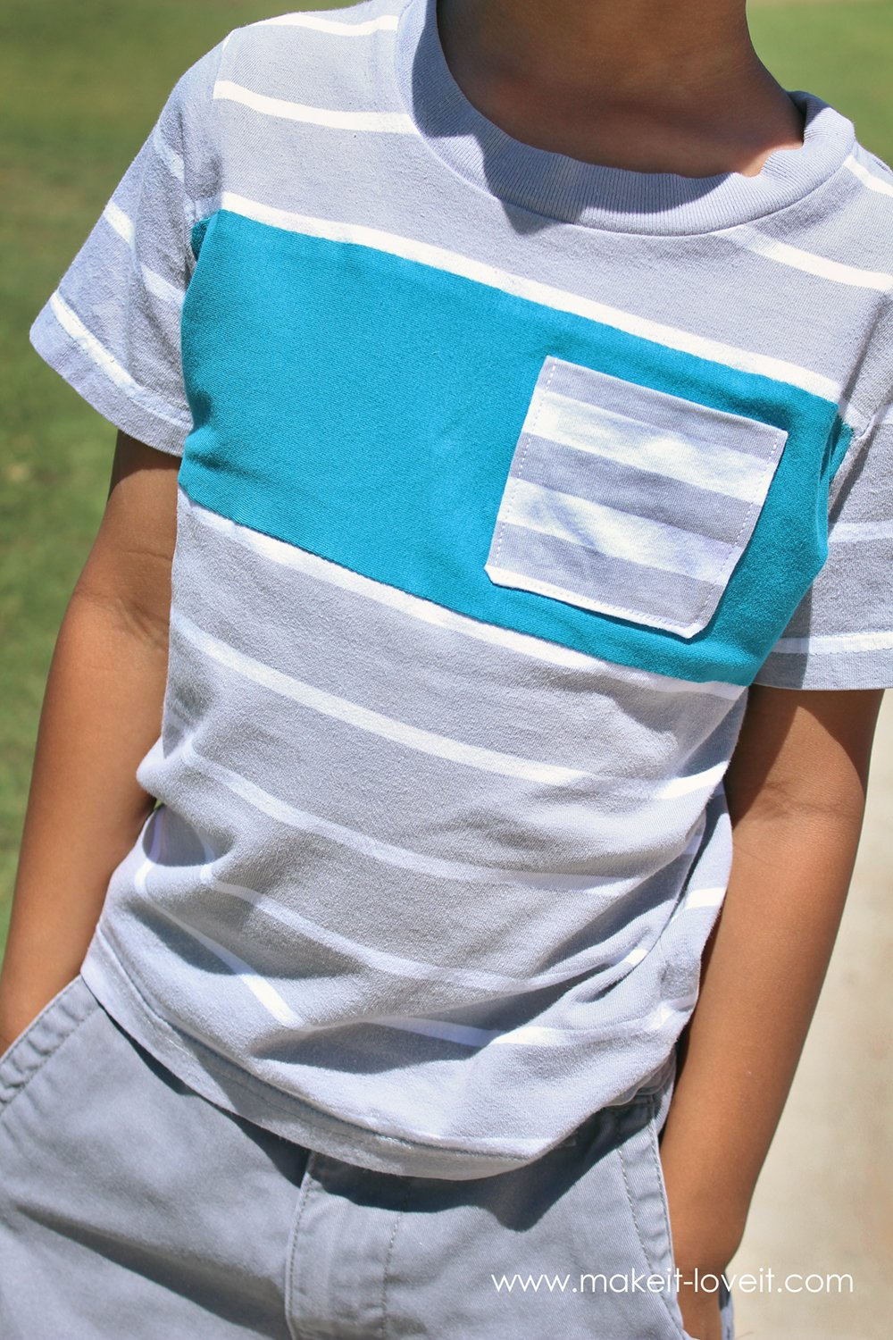 Add a Color Block Stripe to a T-shirt (...to add length)   via Make It and Love It