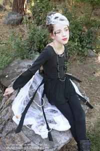 DIY Spider Costume for tweens 3