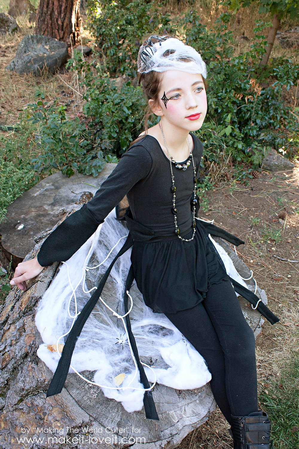 DIY Spider Costume for Tweens/Teens (or any age, really!)