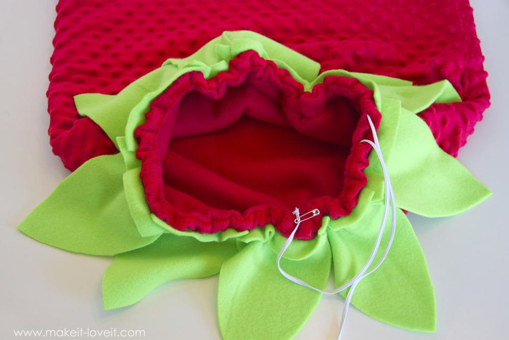DIY Strawberry Costume 28