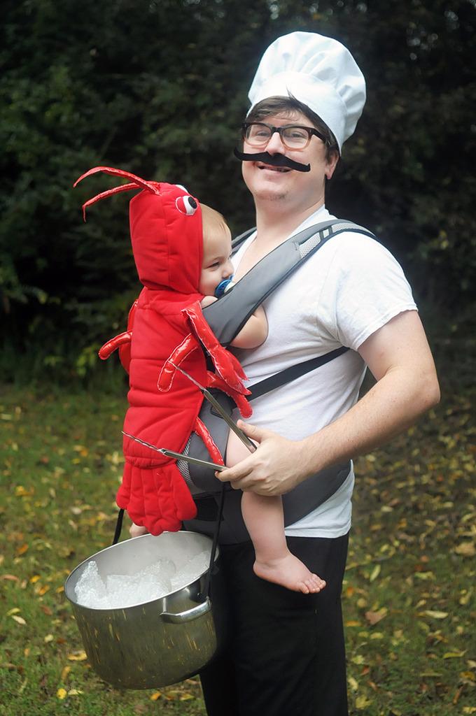 15 hilarious baby wearing costume ideas lobster6zpsvwoazhon solutioingenieria Images