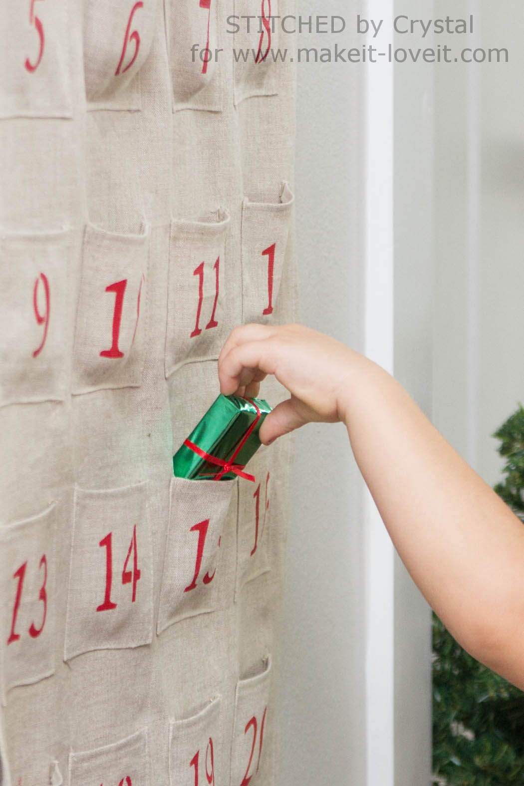Sew a Simple Advent Calendar...for Christmas! | via Make It and Love It