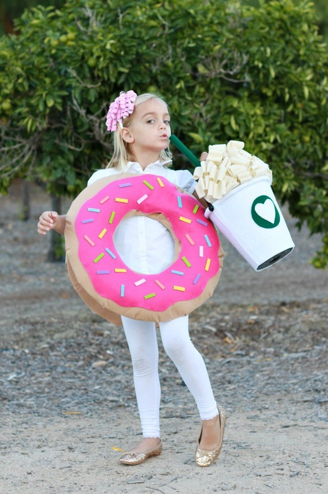 38 Of The Most CLEVER UNIQUE Costume Ideas