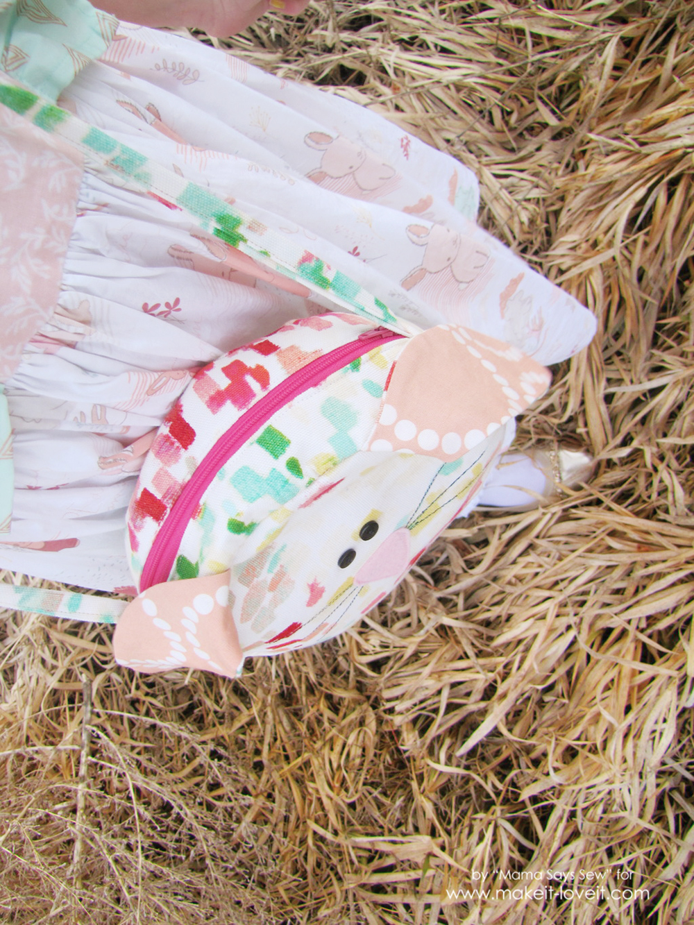 Easy Bunny Purse Tutorial | via Make It and Love It