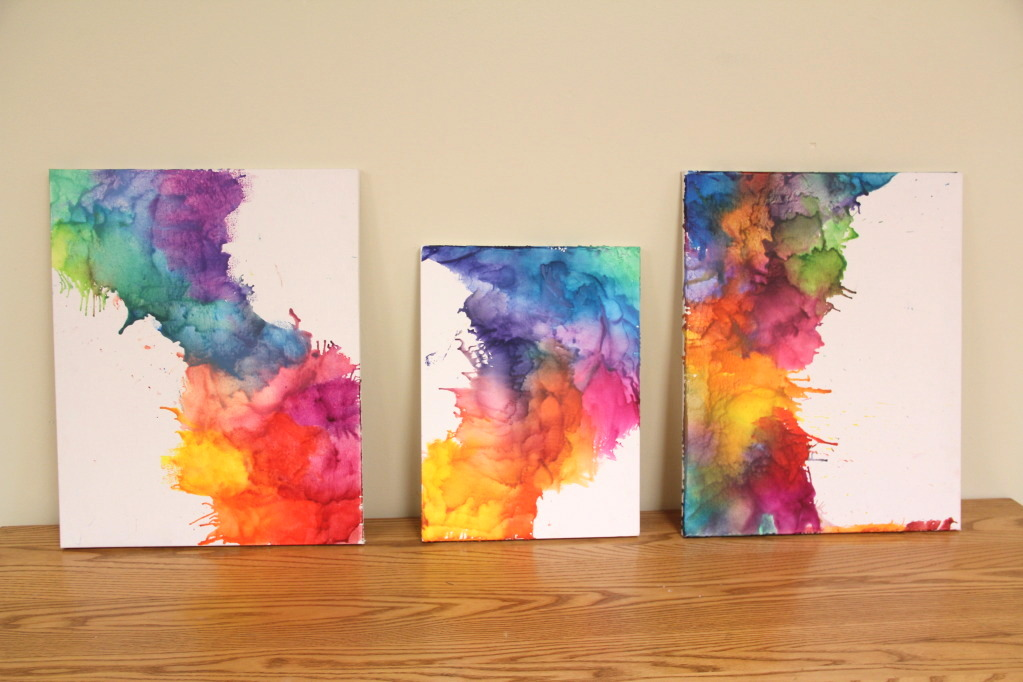 20 amazing ways to use crayons in home decor make it - Art projects for your room ...