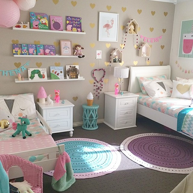 18 shared girl bedroom decorating ideas make it and love - Girls bedroom decor ideas ...