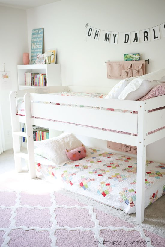18 shared girl bedroom decorating ideas make it and love it for Best beds for teenager
