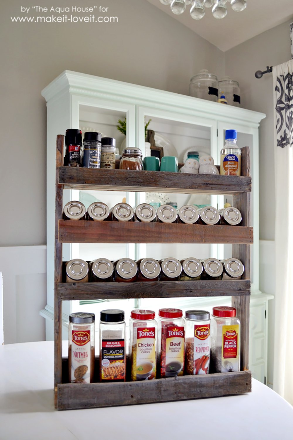 DIY Pallet Spice Rack....hang It On The Wall, Inside A